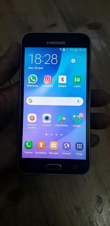 Samsung Galaxy J3 2016   qara