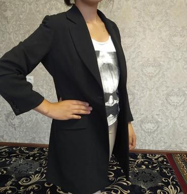 Женская одежда в Кемин: Б/у пиджак. размер М