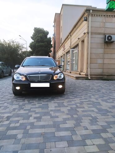 Masin ucun monitor - Azərbaycan: Mercedes-Benz C 240 2.6 l. 2001 | 260000 km