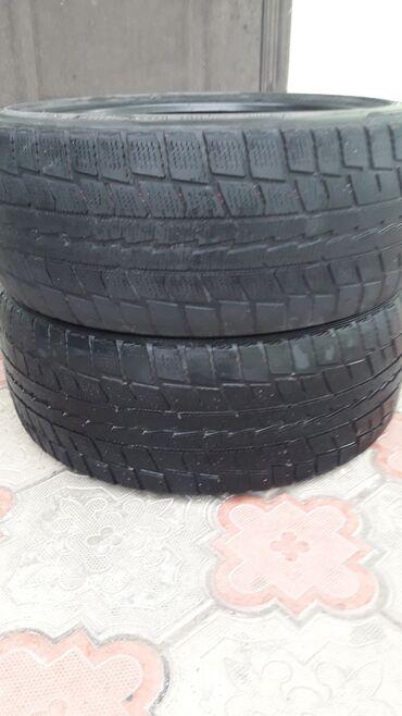 купить диски 17 дюймов в Кыргызстан: Продаю зимнюю резину Dunlop 215/45/17 2 баллона в хорошем состоянии