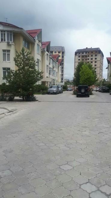 Продается квартира: 3 комнаты, 113 кв. м., Бишкек в Бишкек