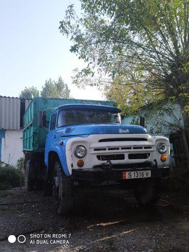 Грузовики - Кыргызстан: Сельхозник газ,бензиндвигатель после капиталки Урал поршневая,колеса