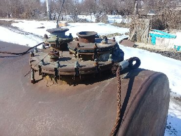 Цистерну 16 кубов - Кыргызстан: Цистерна 5 куб толстостенный с подножкой и зацепами
