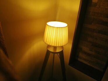 Tronozac podne lampe rucna izrada, rusticno modernog dizajna. Lampe se