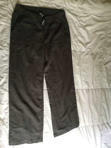 Lanene pantalone kupljene u svajcarskoj. Veličina l. Novo. - Uzice