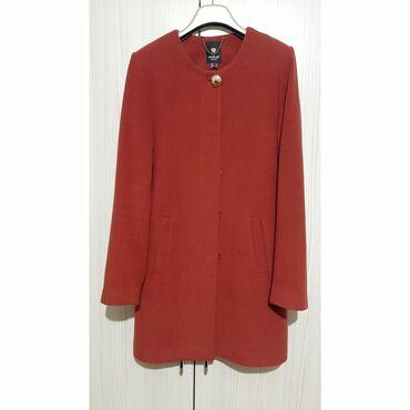 женская платья размер 46 48 в Кыргызстан: Кашемировое пальто  Размер - 46-48 Цвет- бордовый  Имеется пояс Состоя