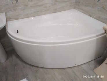 Ванна акриловая размер 150*100 наш адрес АЮ GRANDул Чокана Валиханова