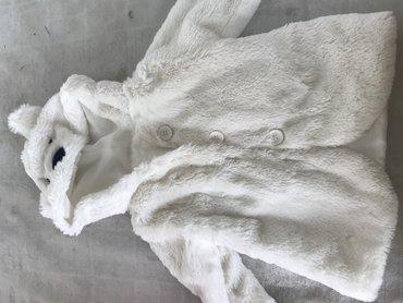 uşaq paltosu - Azərbaycan: Hec geyinilmeyibdir. Turkiyede alinib. Cox yumsaq, yungul, papaqli