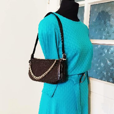 сумки из кожи итальянские в Кыргызстан: Продаю самые трендовые сумки багет из натуральной итальянской кожи