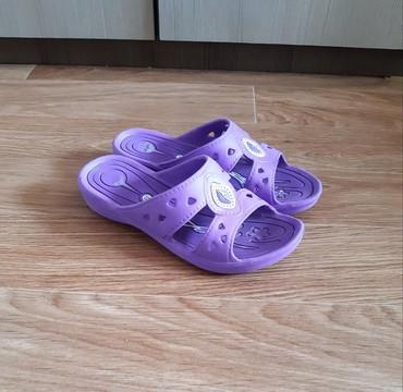 женские шлепки в Кыргызстан: Шлепки для девочки  Размер: 35
