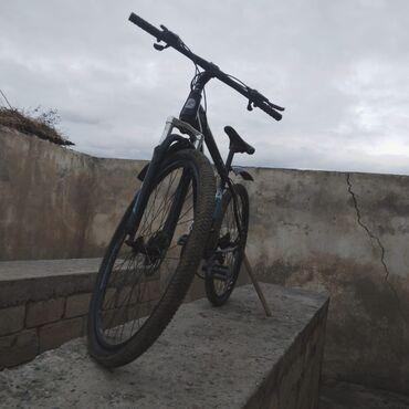 2 elan   İDMAN VƏ HOBBI: 29luq velosiped. Az işlənib arxa skorus və rulda olan qabaq tormuz