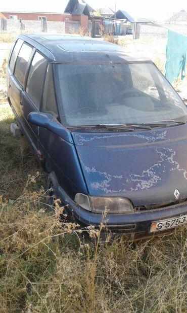reno kengo 19 в Кыргызстан: Renault 2.2 л. 1994