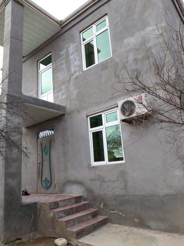 Bakı şəhərində Satış Evlər : 3 kv. m., 5 otaqlı