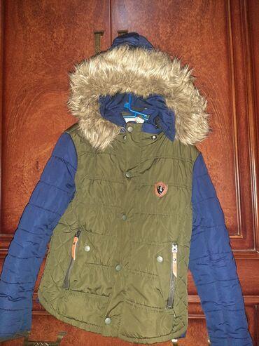 1 yaş üçün paltarlar in Azərbaycan | ÜST GEYIMLƏRI: 1 il sezonda geyinilib. Təzə kimidi. 9-10 yaşlı uşaq üçündür