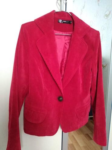 Пиджак вельветовый. Размер 38-40. В хорошем состоянии. 8 Ман. М