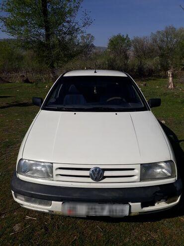 Транспорт - Шевченко: Volkswagen Vento 1.6 л. 1994