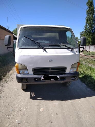 купить дом беловодск в Кыргызстан: МЕНЯЮ НА ДОМ Хундай HD72. 2004 год. 7тонник. Меняю на дом доплачу