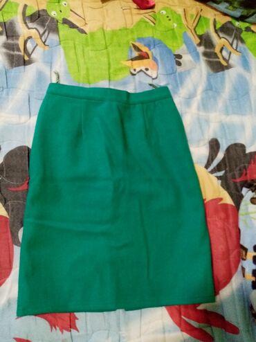 Velic da - Srbija: Zelena suknja prelepa nepise velicina ali mislim da je 36