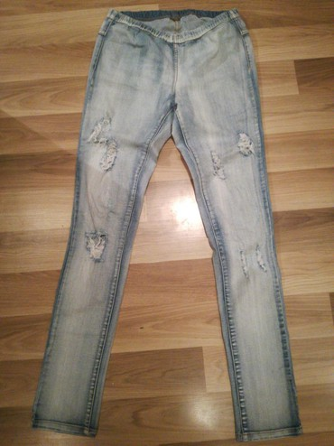 Pantalone-hm-duboke - Srbija: Hm duboke farmerke imaju elastina m