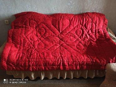 двуспальное одеяло из шерсти в Кыргызстан: Одеяло стёганое новое из верблюжьей шерсти(1,5 спальн)