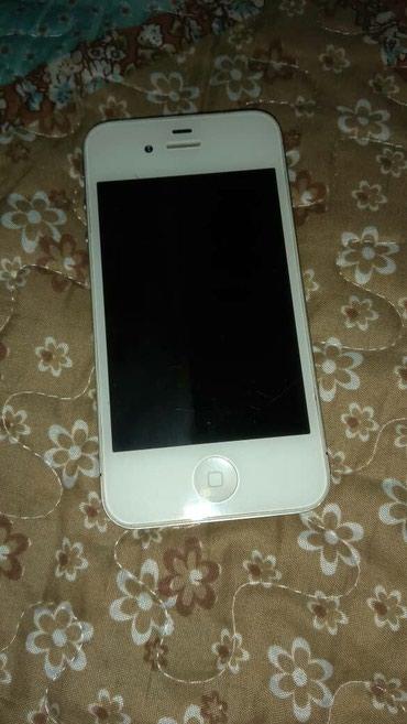 Продам Iphone 4 в белом цвете на 16 gb в в Бишкек