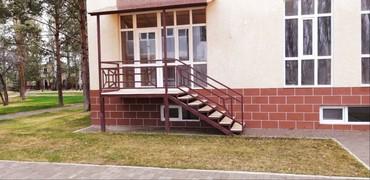 """Сдаю квартиру в ЦО """"Лазурный берег"""" 70 квадратов: спальня кухня"""