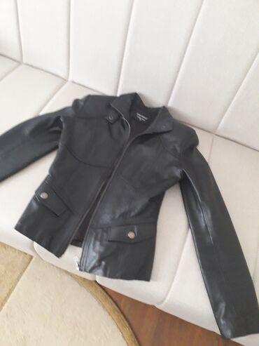 Kozna jakna kao nova