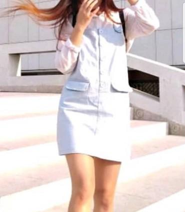 сарафан модели в Кыргызстан: Сарафан + БЕСПЛАТНО белая базовая футболка Короткий голубой сарафан Ес