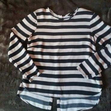 HM svecana bluza na krem crne pruge, kao nova. Ramena 44, pazuh 49 cm. - Ruma