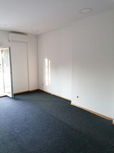 Izdajem - Srbija: Izdajem poslovni prostor poluopremljen za kancelarije