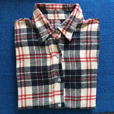 женские вельветовые юбки в Азербайджан: Рубашка женская, S размер (36 размер), на пуговицах. Передаю возле мет