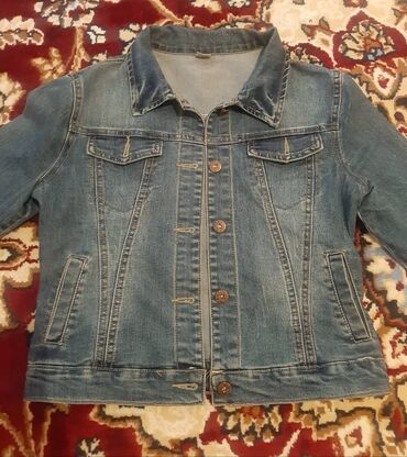 Продаю джинсовый костюм размер 42 44