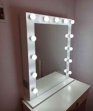 Καθρεφτης Hollywood χειροποίητος καινούριος. Διαστάσεις 70x85cm