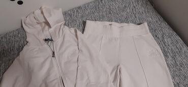 Avo krzno obim - Srbija: Prodajem beli gornji i donji deo trenerke veličine M. Nove, ne nošene