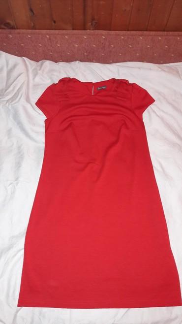 Sad ali su - Srbija: Crvena haljina kao nova samo jednom nosena. Lepsa uzivo. Masnice na