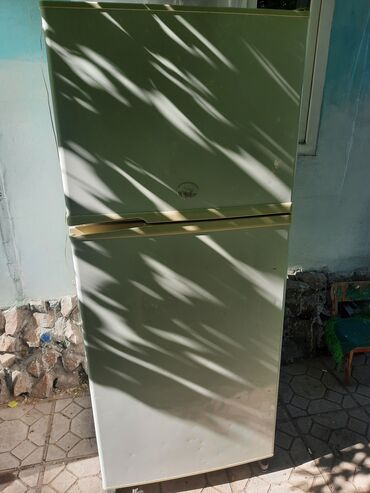 | Б/у Двухкамерный | Белый холодильник Sharp