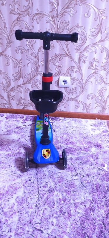 самокат scooter в Кыргызстан: Продаю самокат детский новый с упаковки . Scooter. Качество хорошее