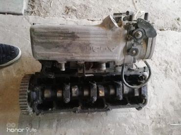 Головка двигателя от Ауди с4 2куб. в Токмак