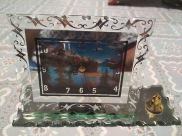 Mingəçevir şəhərində Üstol üstü saat satılır. Suvenir və hədiyyə kimi də istifadə