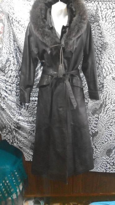 Продаю кожаное пальто ,б/у Турция, в Бишкек