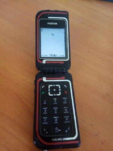 Nokia в Кыргызстан: Нокия 7270 оригинал 1000с есть 1 - громкость клавиатура на минус не
