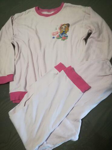 Avo krzno obim - Srbija: Pamučna pidžama vel M, obim grudi 88 cm, obim struka donjeg dela 54