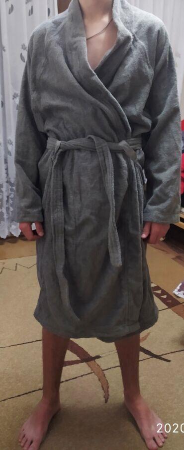 Домашние костюмы - Кыргызстан: Продаю махровый халат.Новый .Размер L - XL.Пр - во Индия