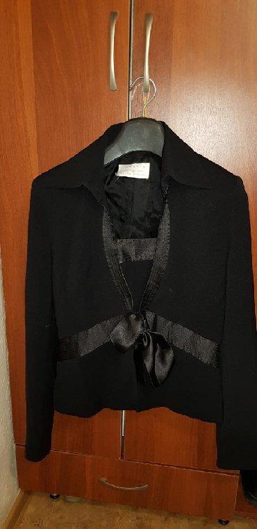 Женская одежда в Кыргызстан: Продаю костюм 3ка. Брюки пиджак и топ. Покупали в Дубай. Одевали один