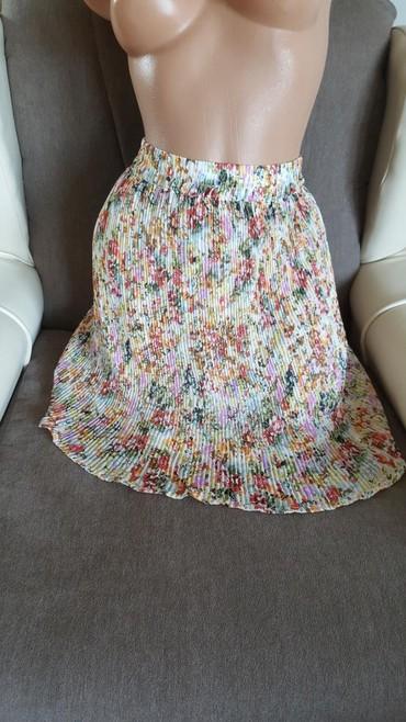 Nova suknja, leprsava, vel 40. - Arandjelovac