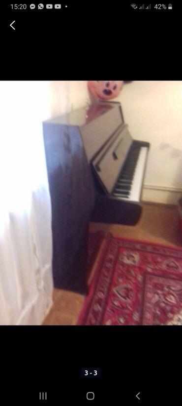 29 elan   İDMAN VƏ HOBBI: Piano satilir 330 m. ,,,'Akkord' modeli.koricni rengde