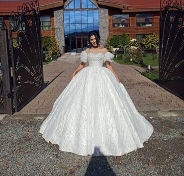 бу свадебное платье в Кыргызстан: Свадебные платья все по 10000с +фата, бижутерия, букет в комплекте