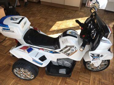 Elektro motor - Srbija: Motor na akumulator Jako ocuvan i malo vozen Veći motor vozile se d