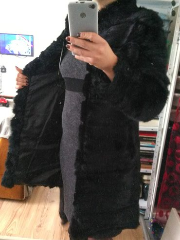 Nova duza crna bunda od krzna zeca S. Ruska kragna. Kvalitetno,prelepo - Belgrade
