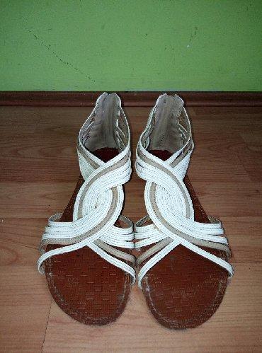 Sandale-zenske - Srbija: Zenske ravne sandale br 40 bez ostecenja kao nove